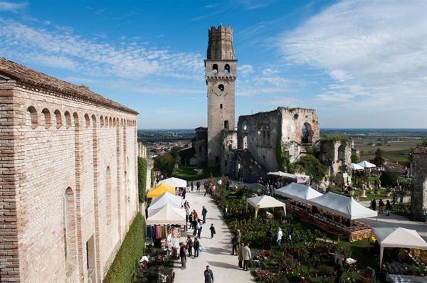 castello-di-collalto_600x398